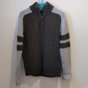 Simons Le 31 Grey wool 1/4 zip sweater sz Small